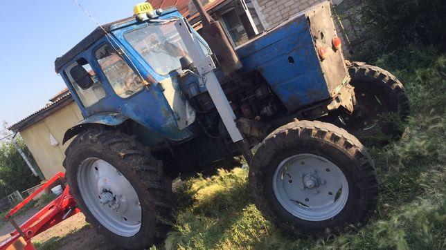 Срочно трактор