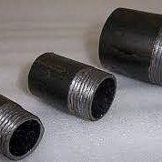 Наваривание резьбы на стояки отопления и водопровода, установка труб
