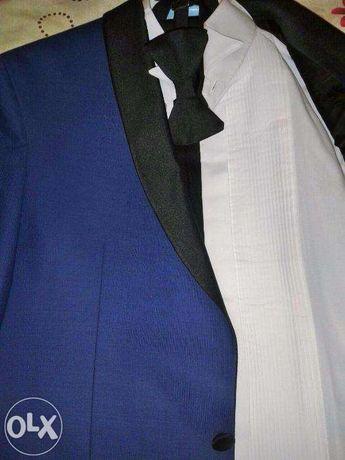 vand costum ceremonie/ costum bal