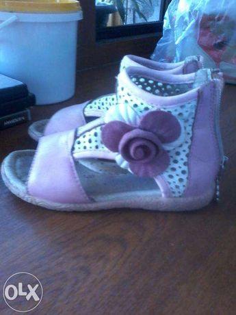 Срочно сандали для девочки PrincePard
