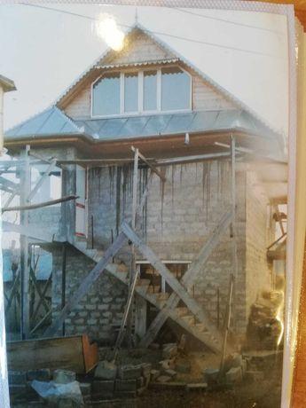 Casă cu etaj și casă bătrânească Vârlezi