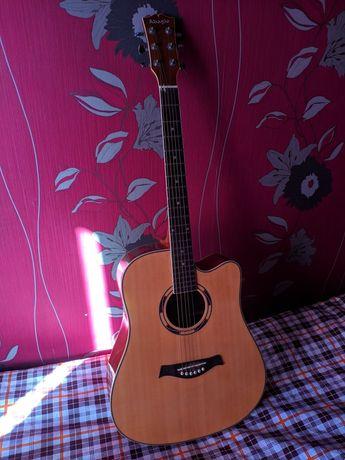 Гитара музыкальный инструмент СРОЧНО