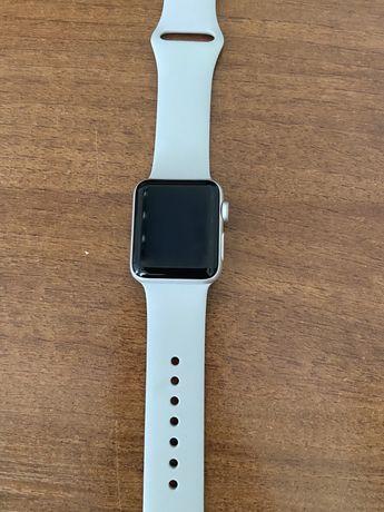 Apple Watch  3 часы