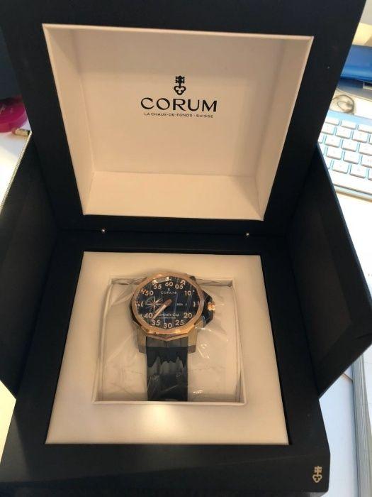 Часовник CORUM