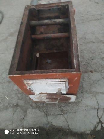 Продаю железную печь
