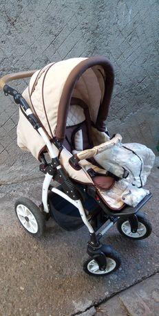 Бебешка количка 2 в 1 Carrera