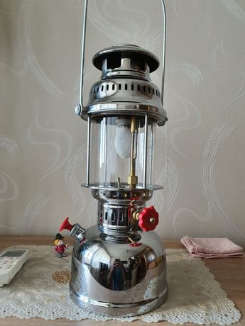 Петромаксова лампа