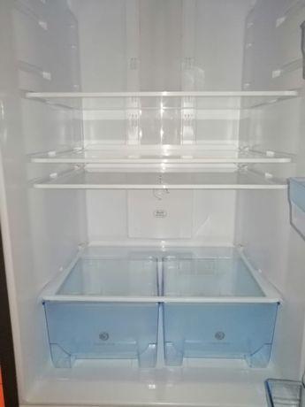 Продается новый холодильник