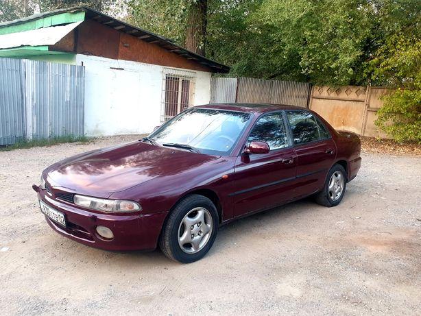 Mitsubishi Galant 2.0 мех 1993
