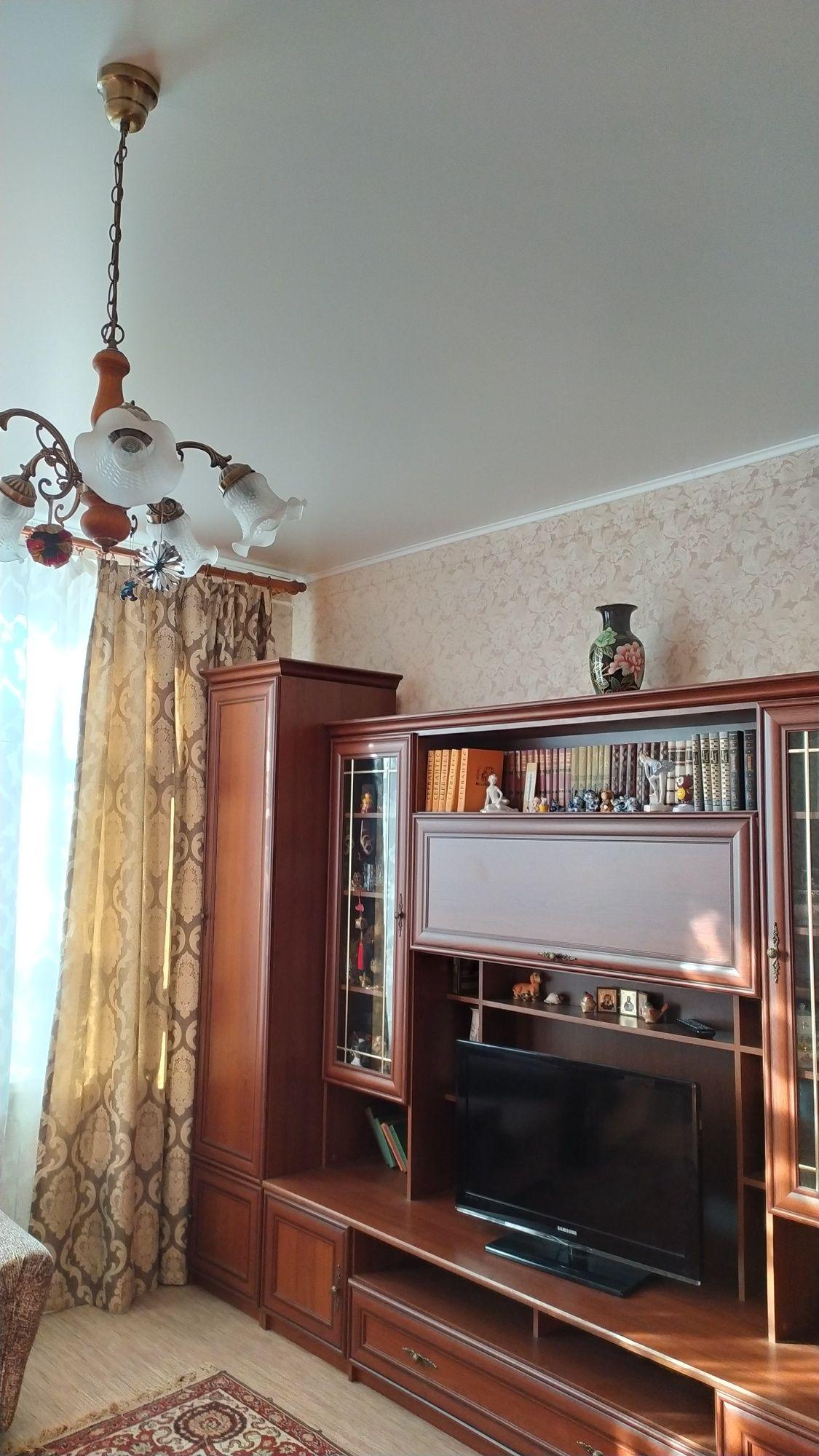 Продаю стенку в зал Белоруссия.