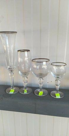Кристални чаши, стъклени пепелници, купички