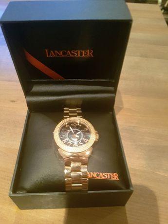 Продавам дамски часовник Lancaster с диаманти