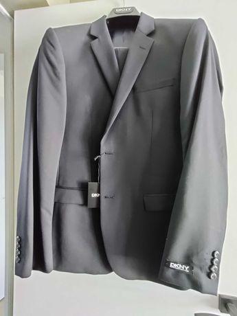 Нов оригинален мъжки костюм DKNY