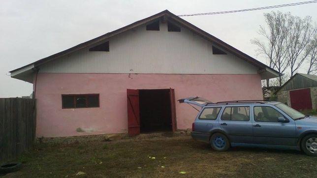 Vând clădire 1800 mp. pomană curată