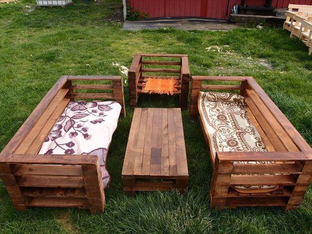 Мебель из дерева для летников.