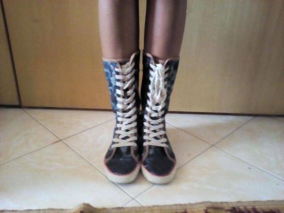 Дънкови ботушки