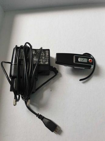 Слушалки Bluetooth и колонка Bluetooth