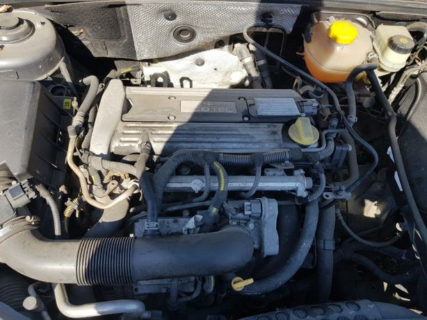 Bloc Motor baie ulei Opel Vectra C 2.2 Z22SE benzina 108 kw 2004