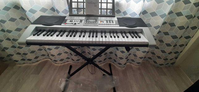 Синтезатор, 61 клавишная обучающая электронная клавиатура МК-922,