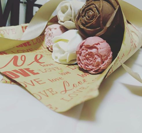 Шоколадные розы,пионы