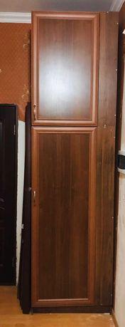 Шкаф для прихожей в отличном состоянии