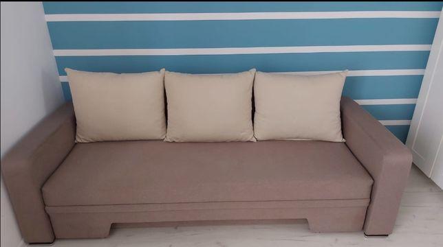 Canapea extensibila relaxa
