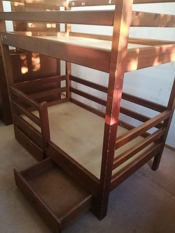 Продам детскую двухярусную кровать Б/У