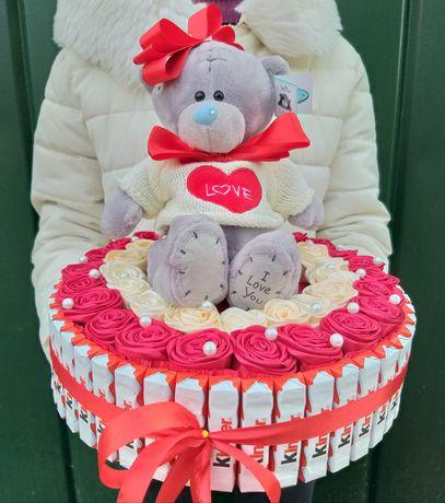 Подарочная коробка девушке, жене. Доставка подарков и цветов