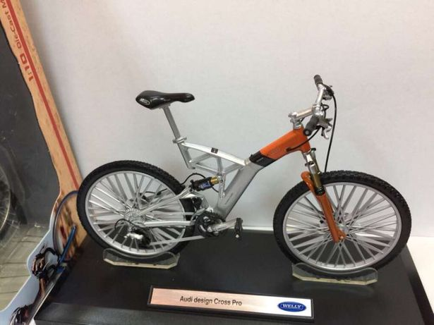 Machete biciclete