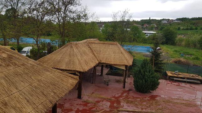 Stuf / Trestie Foișoare, terase, case, umbrele și garduri