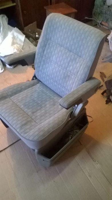 Кресло на Т4