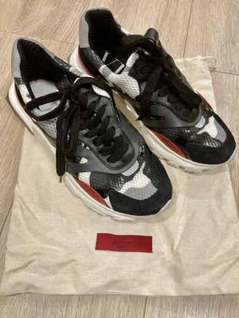 Чисто нови обувки Valentino 38 N