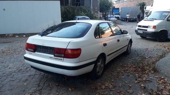 Продавам Toyota Carina E 1.6 Хечбек на части