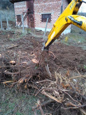 Мини багер почистване на градини дворни места ями