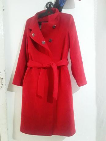 Срочна продам пальто