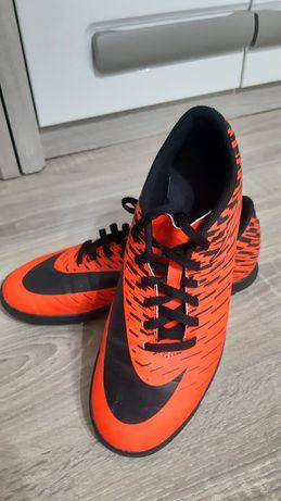 Vând Nike Mercurial
