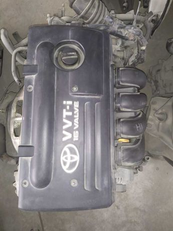Двигатель на Тоета 1,8  (1ZZ-FE)