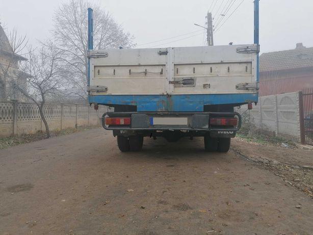 Vând camioneta ford tranzit