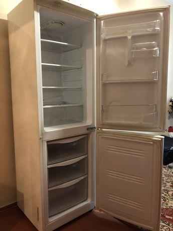 Холодильник Samsung RL28fbsw1/bwt