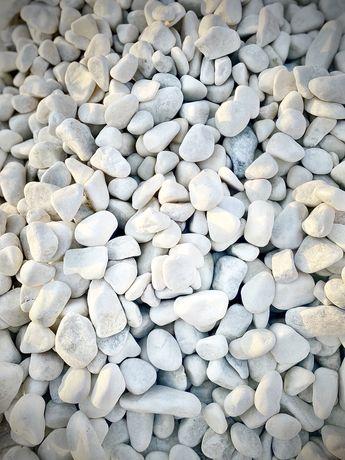 Галька, окатыш, белый круглый камень, мрамор округлый