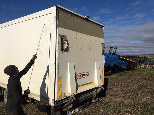 Lift hidraulic pt camioane