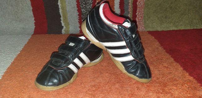 Adidas copii,nr.30 și 18cm.