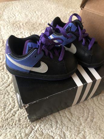 Nike 21