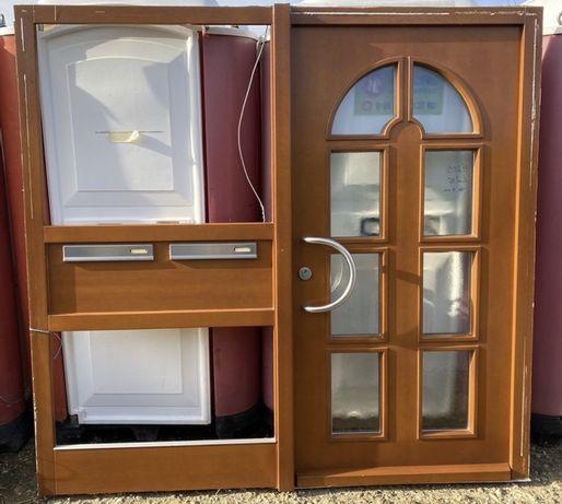 Usa casa firma intrare lemn geam vitraliu termopan H 216 x L 207