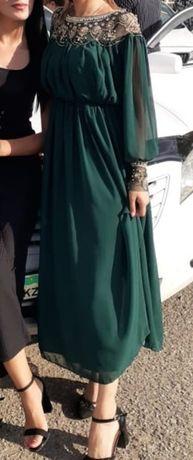 Продам платья размер 44