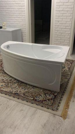 Почти новая ванна