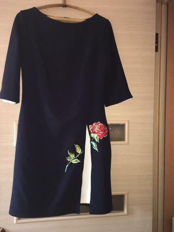 Продам платья женские