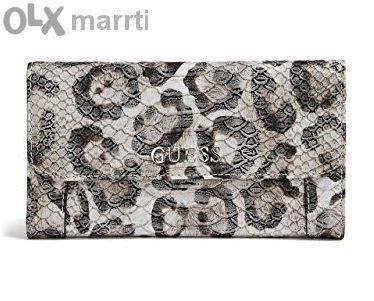 Guess оригинален портфейл / клъч чанта