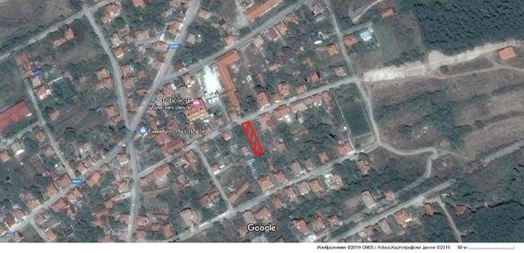 Продавам в село Брестовица, парцел 520 кв.м. с проект за къща.