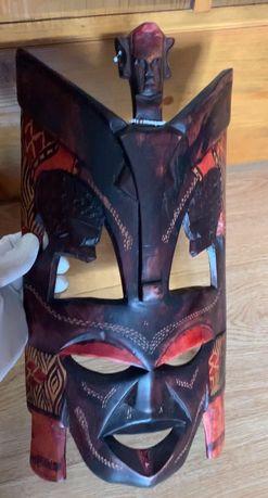 Masca tribala mare, din lemn